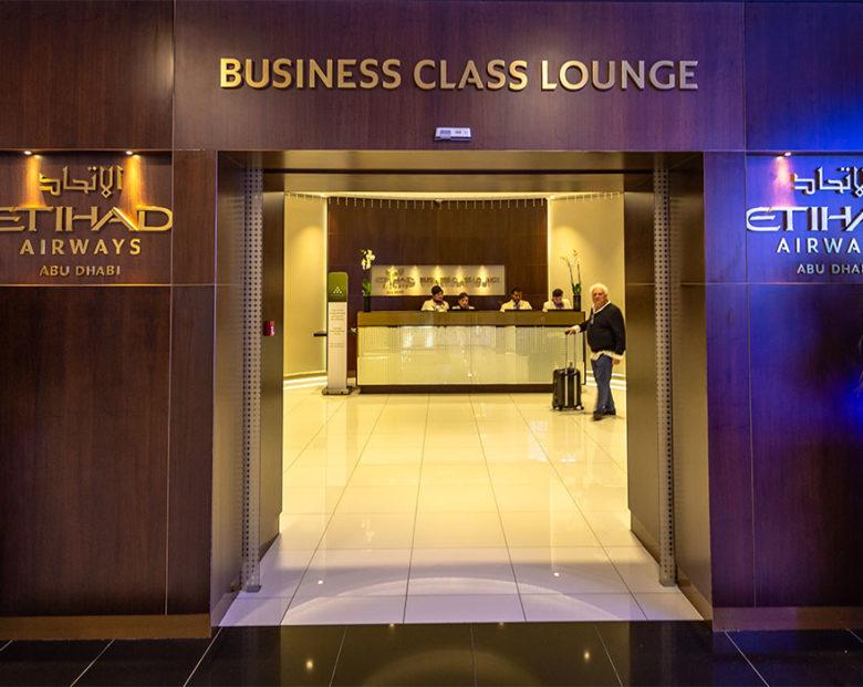 etihad business lounge abu dhabi