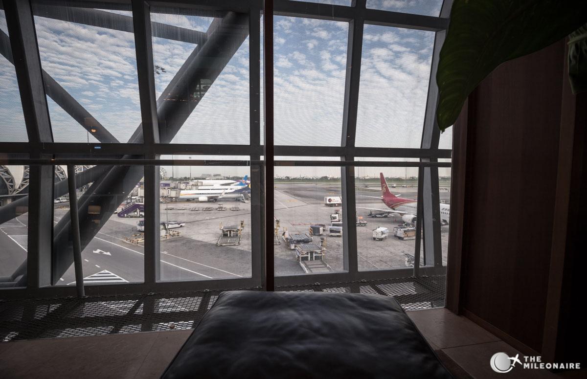 view cathay pacific lounge bangkok