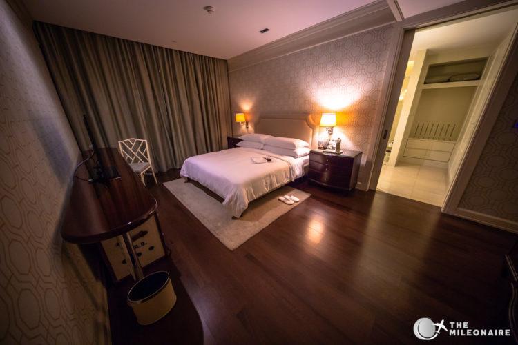 bedroom suite oriental residence