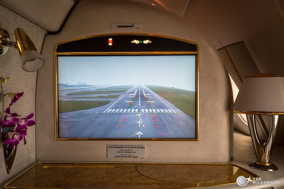 screen emirates first class