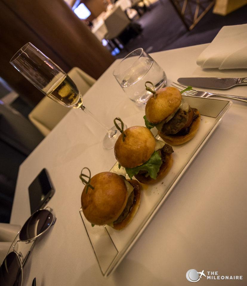 burger etihad lounge restaurant