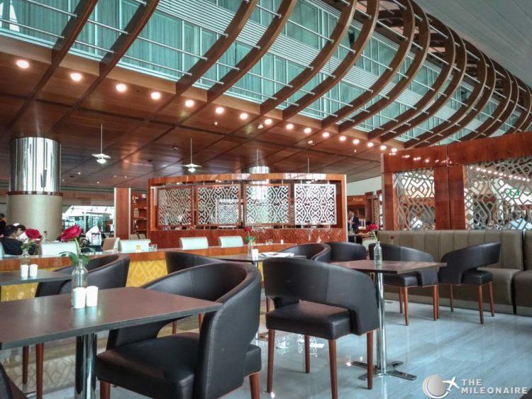business lounge dubai lunch seating