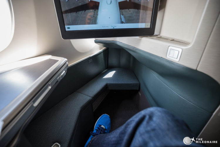 cathay business class sitz groesse fussraum