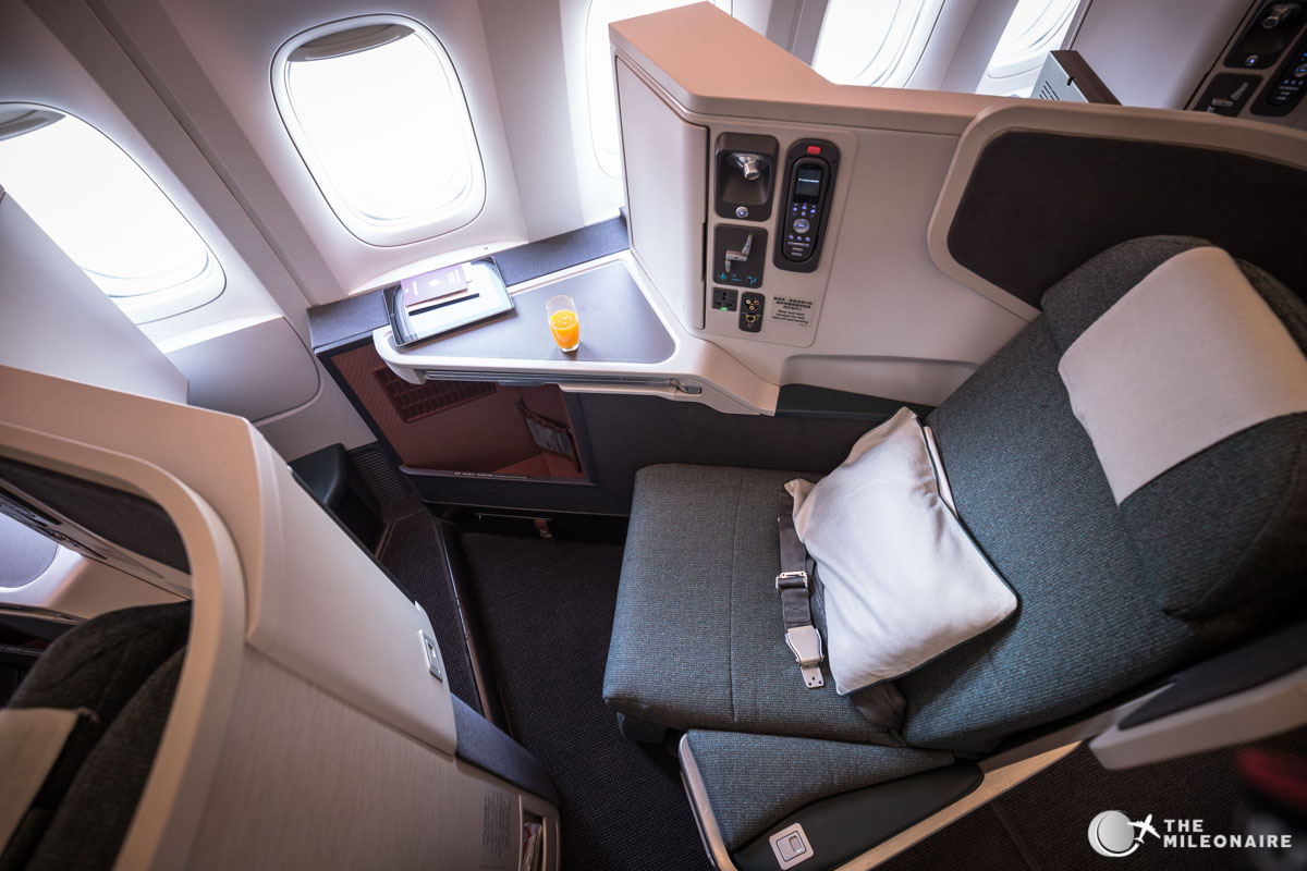 cathay pacific 777 business class sitz