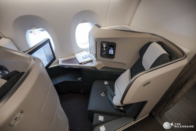 cathay pacific a350 business sitz