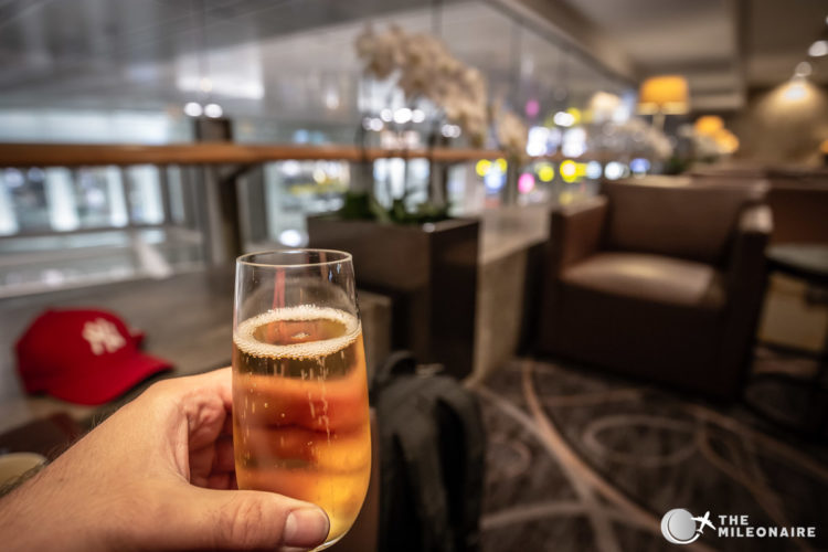 champagne singapore lounge