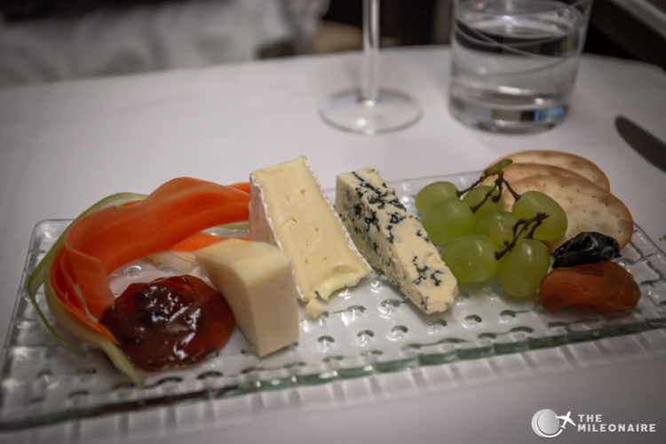 cheese plate oman air