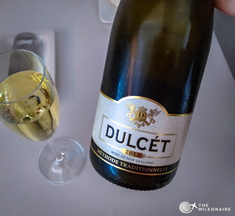 dulcet lounge sparkling wine