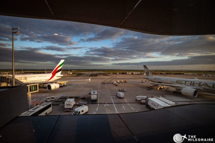 emirates a380 etihad 777