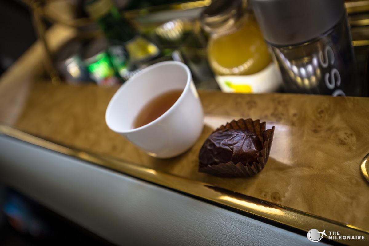 emirates dates coffee