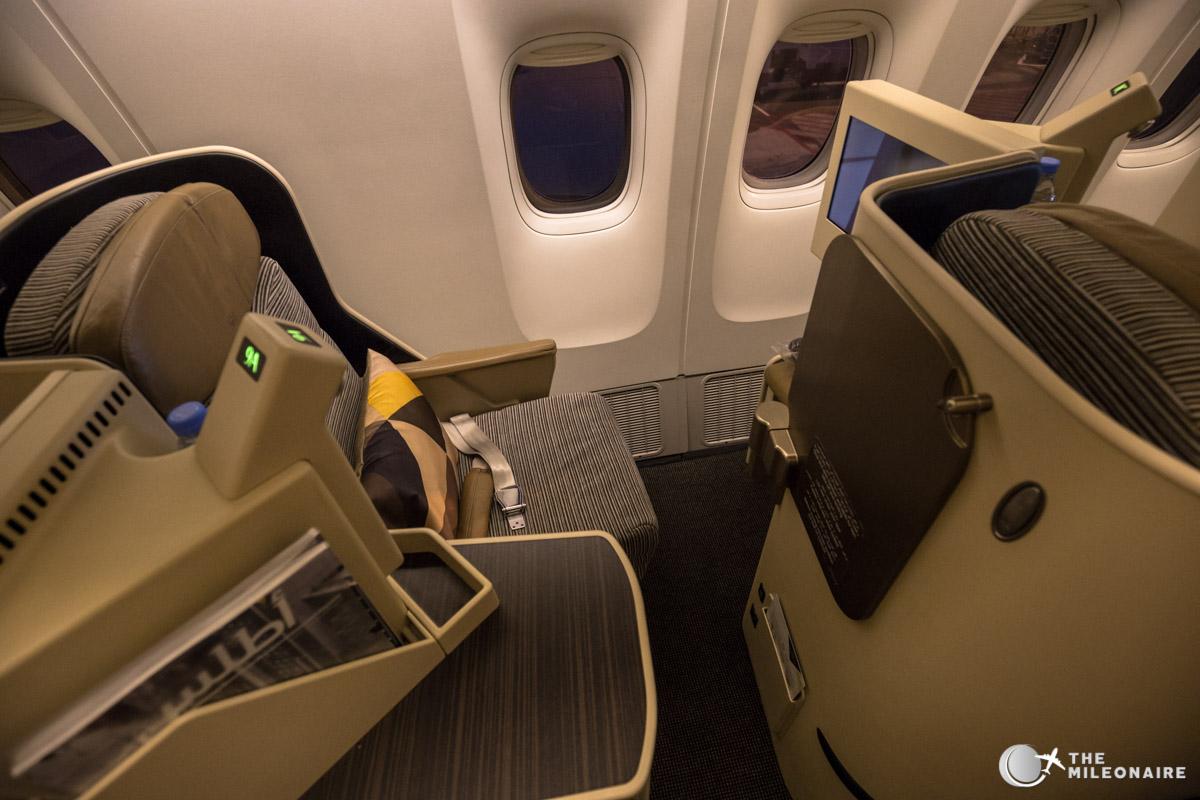 etihad 777 business class seat
