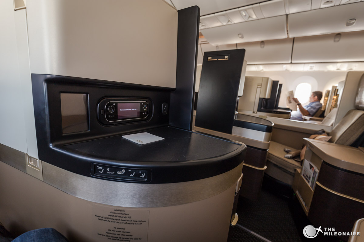 etihad 787 business class cabin
