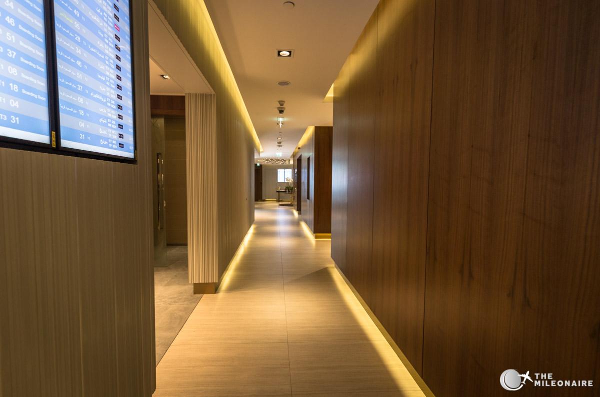 etihad first class lounge corridor