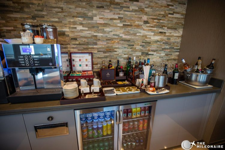 drinks emirates lounge paris