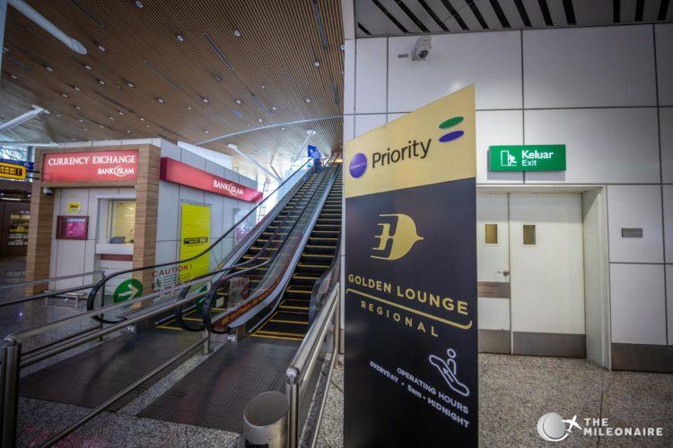 location malaysia airlines lounge kul