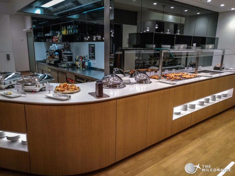 lufthansa lounge milano buffet