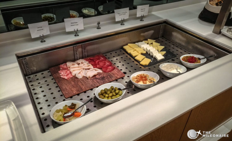 lufthansa lounge milano food