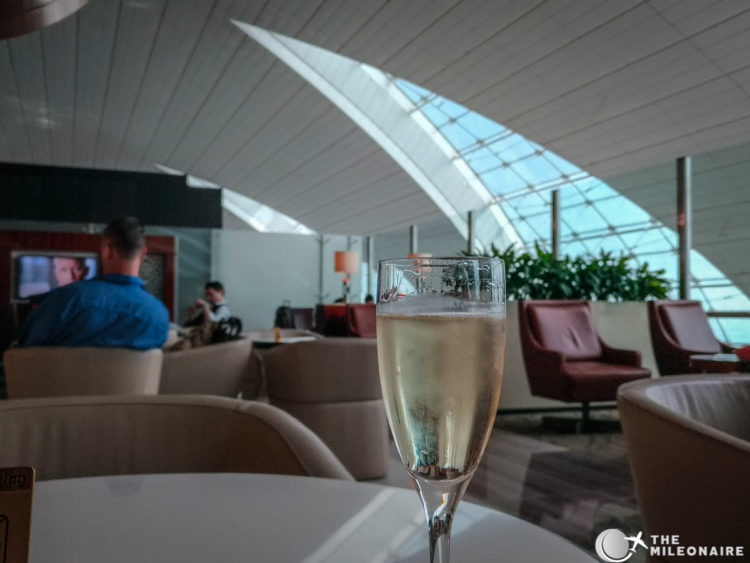 moet bar emirates champagne