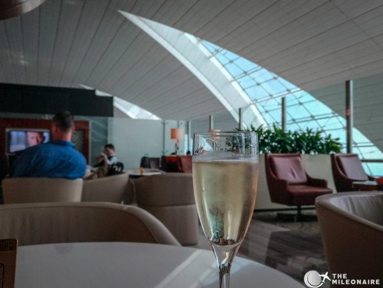 moet bar emirates champagne