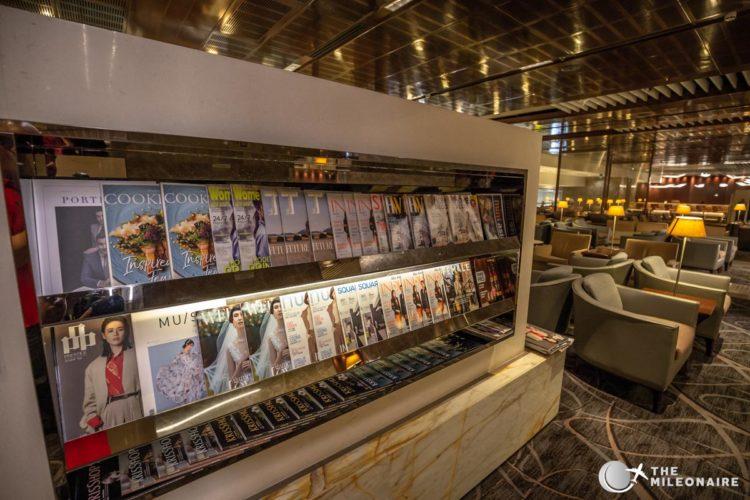 newspapers singapore lounge