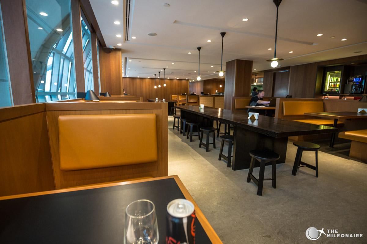 noodle bar cathay pacific lounge bangkok