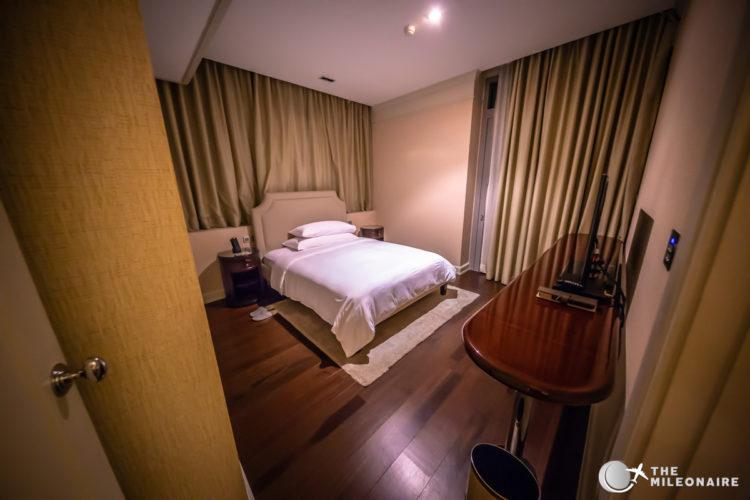 oriental residence bedroom