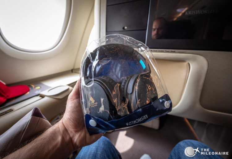 plane noise cancelling headset