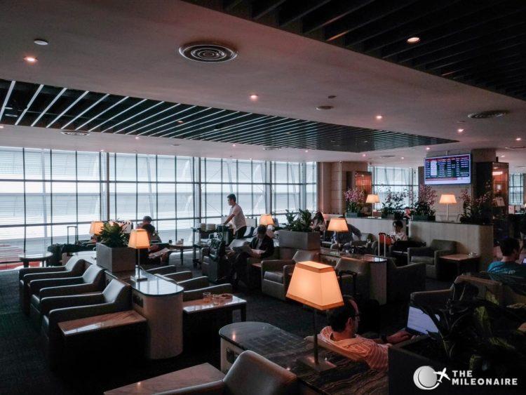 sats lounge singapore