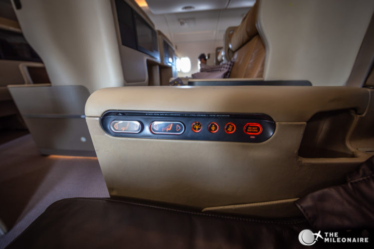 singapore airlines seat controls