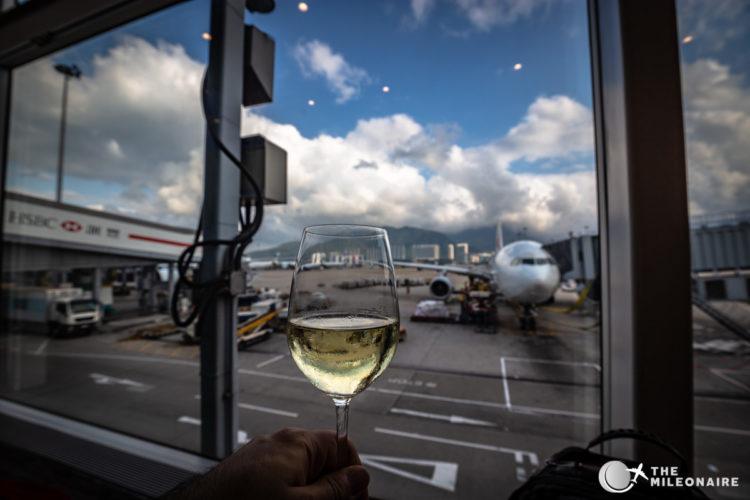 view hong kong airlines lounge
